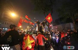 Cả nước sôi sục hướng theo bước chân của U23 Việt Nam
