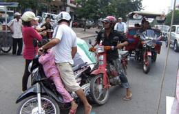 Trong 3 ngày, Campuchia tạm giữ gần 2.000 xe máy vi phạm luật