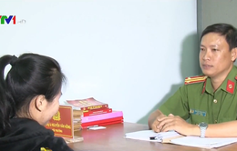Thiếu nữ 17 tuổi trốn từ Trung Quốc về tố cáo kẻ lừa bán mình