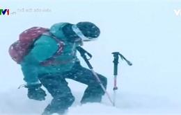Tác nghiệp trong bão tuyết