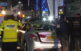Tài xế taxi tự thiêu để phản đối dịch vụ chia sẻ xe