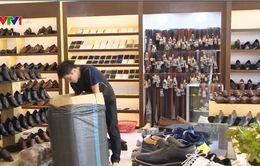 Thị trường giày da sôi động dịp cuối năm