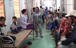 Cà Mau: 45 em học sinh nhập viện sau khi súc miệng bằng fluor đã xuất viện