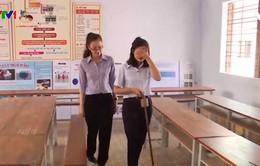 Học sinh Khánh Hòa sáng chế gậy thông minh cho người khiếm thị