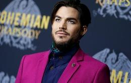 """Fan ngỡ ngàng nhận ra Adam Lambert xuất hiện trong """"Bohemian Rhapsody"""""""