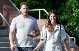 Chris Pratt bất ngờ công bố đã đính hôn
