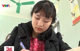 Chế độ học bổng 10 năm không đổi, học sinh dân tộc nội trú gặp khó