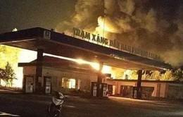 Đồng Nai: Cháy lớn ở cửa hàng xăng dầu