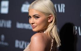 Kylie Jenner phủ nhận tin đồn có thai