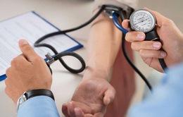 Phòng tránh tăng huyết áp cao khi trời chuyển lạnh