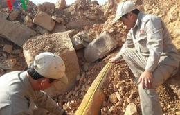 Phát hiện bom gần khu vực cửa khẩu Lao Bảo