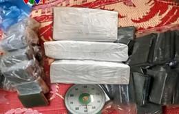 Bắt 370 bánh heroin tại Cao Bằng, Hà Tĩnh