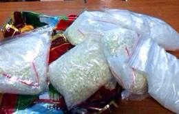 Bắt 2 đối tượng mua bán ma túy