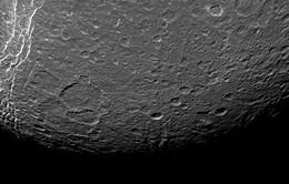 Cơ quan Vũ trụ châu Âu tham vọng khai thác tài nguyên trên Mặt trăng vào năm 2025
