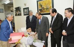 Thủ tướng chúc Tết các nhà khoa học hàng đầu