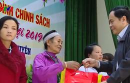 Chủ tịch MTTQ Việt Nam tặng quà Tết gia đình chính sách tại Thái Nguyên