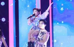 Cô bé 6 tuổi khoe giọng hát nội lực với hit Khắc Hưng, Nguyễn Hải Phong