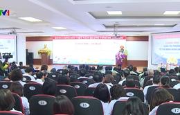 Trưởng Ban Dân vận Trung ương tặng quà Tết cho bệnh nhân ung thư ở Phú Thọ