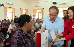 Bí thư Thành ủy TP.HCM thăm và tặng quà Tết tại Tây Ninh