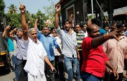 Phụ nữ bước vào đền thiêng, biểu tình nổi lên dữ dội ở Ấn Độ