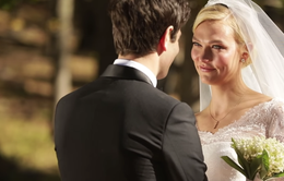 """Karlie Kloss """"đốn tim"""" fan với những hình ảnh đám cưới chưa từng công bố"""