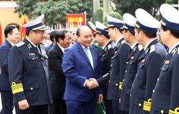 Thủ tướng kiểm tra công tác sẵn sàng chiến đấu tại Quân chủng Hải quân