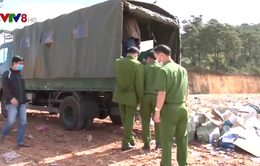 Công an Lâm Đồng tiêu hủy gần 9.000 hàng hóa nhập lậu