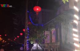 Quảng Ngãi: Trang trí phố lồng đèn tưng bừng đón Tết