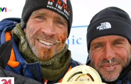 Hai nhà thám hiểm đầu tiên băng qua Nam Cực không cần trợ giúp