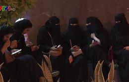 Phụ nữ Saudi Arabia được nhận thông báo ly hôn qua tin nhắn