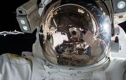 Một phi hành gia gọi nhầm cấp cứu từ... vũ trụ