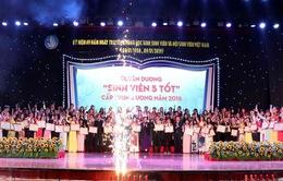 """Tuyên dương """"Sinh viên 5 tốt"""" và trao giải thưởng Sao tháng Giêng 2018"""