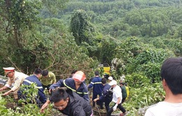 Khẩn trương khắc phục hậu quả vụ  lật xe khách trên đèo Hải Vân