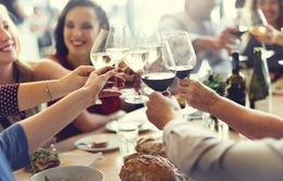 """Ăn uống ngày Tết: Đừng để dạ dày làm việc """"quá tải"""""""