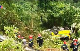 Vụ xe khách rơi xuống vực ở đèo Hải Vân: Trường Cao đẳng Kiên Giang hỗ trợ sinh viên gặp nạn