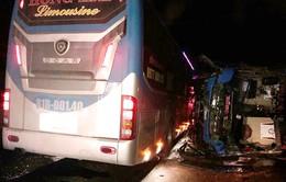 Hai xe khách húc nhau tại Bình Định: Khẩn trương cấp cứu cho người bị nạn
