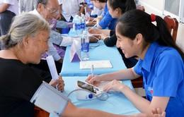 Khám, tư vấn, cấp thuốc miễn phí cho 150 người cao tuổi