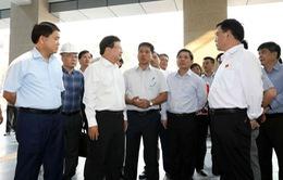 Phó Thủ tướng Trịnh Đình Dũng kiểm tra các dự án giao thông trọng điểm của Hà Nội