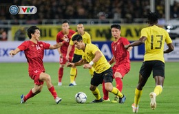 """Malaysia thoát cảnh """"vườn không nhà trống"""" ở trận gặp ĐT Việt Nam"""
