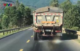 Quảng Nam: xe ben chở cát gây mất an toàn giao thông