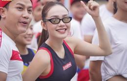 """Minh Hằng cá tính tham gia chạy tại """"Revive Marathon xuyên Việt"""""""