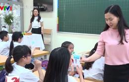 Hà Nội khảo sát việc thực hiện chương trình Sữa học đường