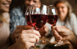 Trẻ bị khuyết tật tim nếu cha mẹ nghiện rượu