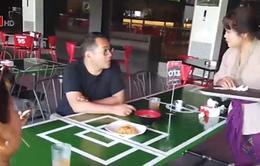 Quán cà phê độc đáo ở sân tổ chức trận đấu Indonesia - Việt Nam