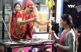 Món kem ảo thuật hút khách tại Thái Lan