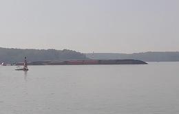 Khẩn trương khắc phục sự cố chìm tàu trên sông Lòng Tàu