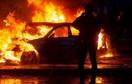 Ba người chết trong vụ cháy siêu thị giữa bạo loạn ở Chile