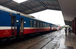 Đường sắt chạy lại đôi tàu hàng chuyển phát nhanh tuyến Hà Nội -  TP Hồ Chí Minh