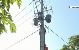 Điện lưới quốc gia về xã đảo Tiên Hải