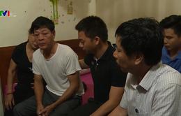8 gia đình tại Hà Tĩnh mất liên lạc người thân khi sang Anh lao động
